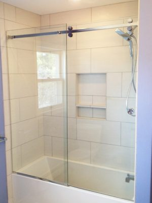 Tub Slider - Serenity (Frameless)